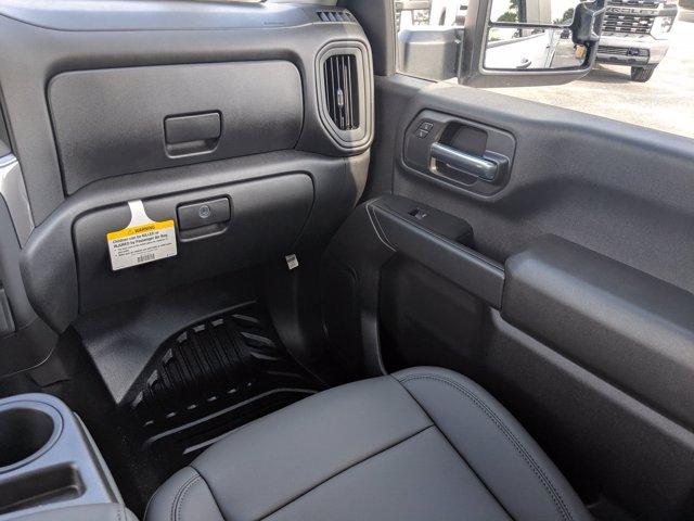 2020 Chevrolet Silverado 2500 Crew Cab 4x2, Reading SL Service Body #LF197856 - photo 17