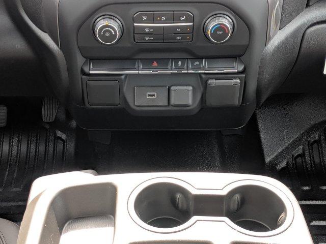 2020 Chevrolet Silverado 3500 Crew Cab DRW 4x4, CM Truck Beds Platform Body #LF239659 - photo 18