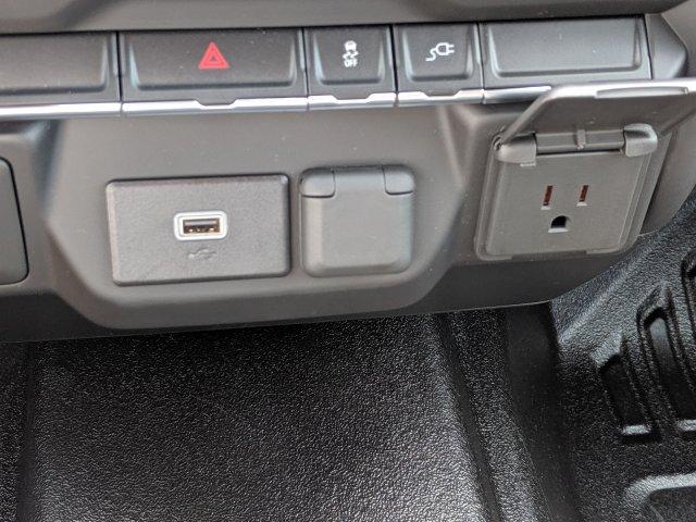 2020 Chevrolet Silverado 3500 Crew Cab DRW 4x4, CM Truck Beds Platform Body #LF239659 - photo 20