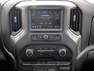 2020 Chevrolet Silverado 3500 Crew Cab DRW 4x4, CM Truck Beds Platform Body #LF239659 - photo 17