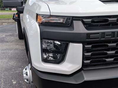 2020 Chevrolet Silverado 3500 Crew Cab DRW 4x4, CM Truck Beds Platform Body #LF239847 - photo 10