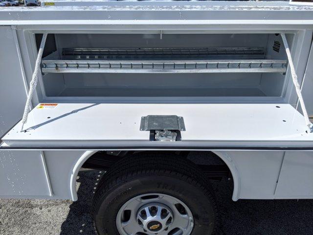 2020 Chevrolet Silverado 2500 Regular Cab RWD, Reading SL Service Body #LF277073 - photo 13