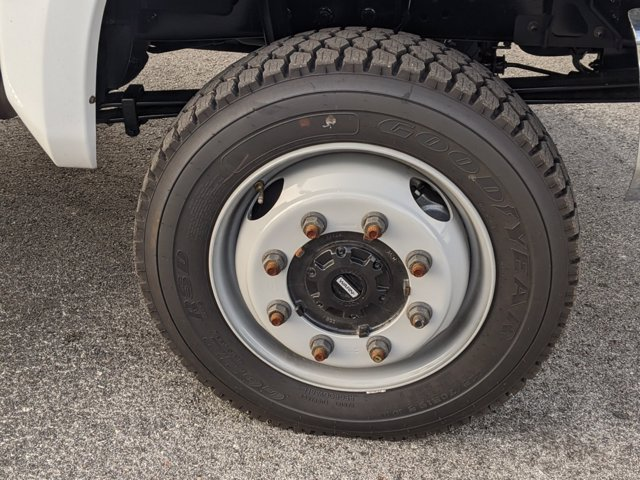 2020 Chevrolet Silverado 5500 Crew Cab DRW 4x4, Action Fabrication Platform Body #LH183382 - photo 11