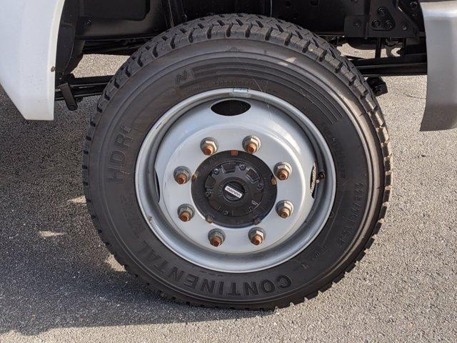 2020 Chevrolet Silverado 5500 Crew Cab DRW 4x4, Action Fabrication Stake Bed #LH631062 - photo 11