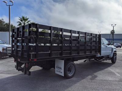 2020 Chevrolet Silverado 5500 Crew Cab DRW 4x4, Action Fabrication Stake Bed #LH631062 - photo 2