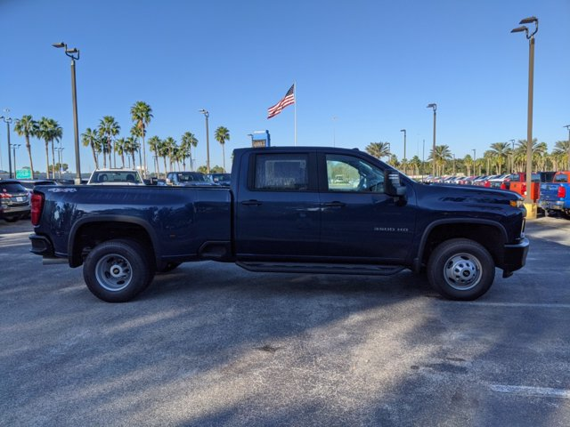 2021 Chevrolet Silverado 3500 Crew Cab 4x4, Pickup #MF115474 - photo 4