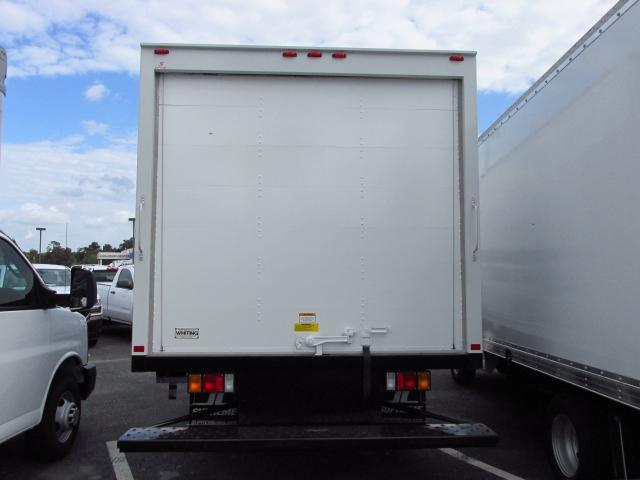 2016 Low Cab Forward Regular Cab, Dry Freight #gs808980 - photo 3