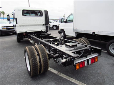 2016 Low Cab Forward Crew Cab, Cab Chassis #gs813815 - photo 2