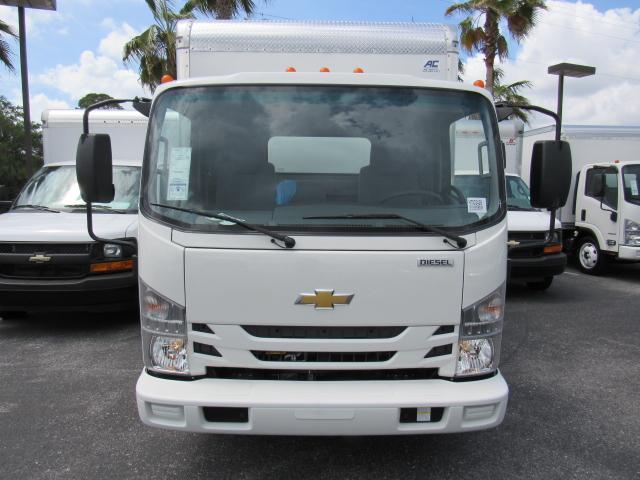 2017 Low Cab Forward Regular Cab, American Commercial Dry Freight #h7002426 - photo 3