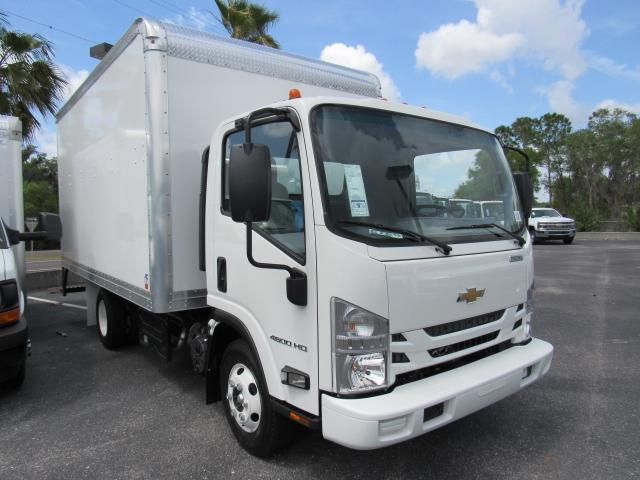 2017 Low Cab Forward Regular Cab, Dry Freight #h7002426 - photo 4
