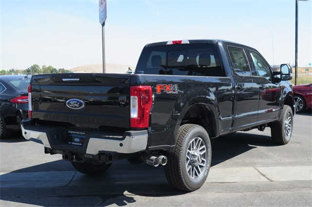 2017 F-350 Crew Cab 4x4, Pickup #F29737 - photo 2