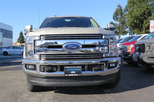 2017 F-250 Crew Cab 4x4 Pickup #F29990 - photo 3