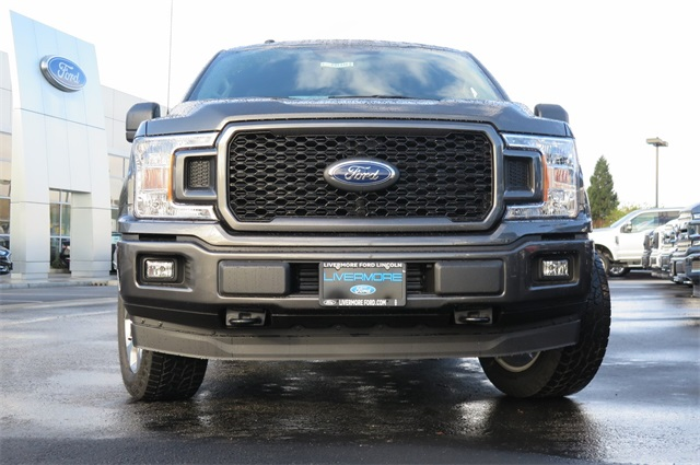2018 F-150 Super Cab 4x4, Pickup #F31448 - photo 3
