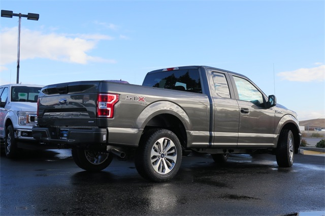 2018 F-150 Super Cab 4x4, Pickup #F31448 - photo 2