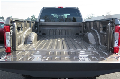 2018 F-350 Crew Cab 4x4, Pickup #F32034 - photo 11
