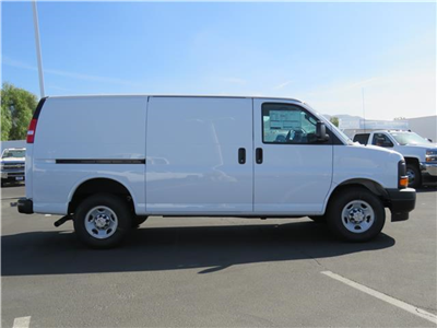 2017 Express 2500, Cargo Van #T17710 - photo 4