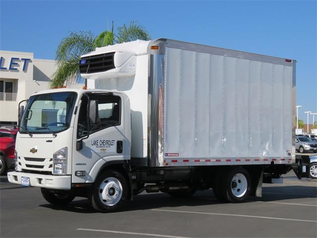 2017 LCF 4500 Regular Cab 4x2,  Morgan Cold Star Refrigerated Body #T17731 - photo 3