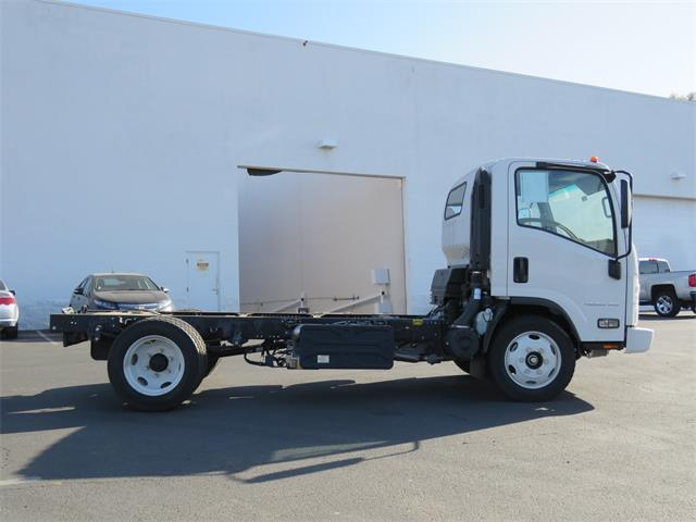 2017 LCF 4500XD Regular Cab 4x2,  Cab Chassis #T17748 - photo 3