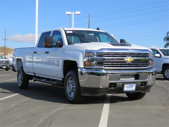 2018 Silverado 2500 Crew Cab 4x4, Pickup #T18071 - photo 3