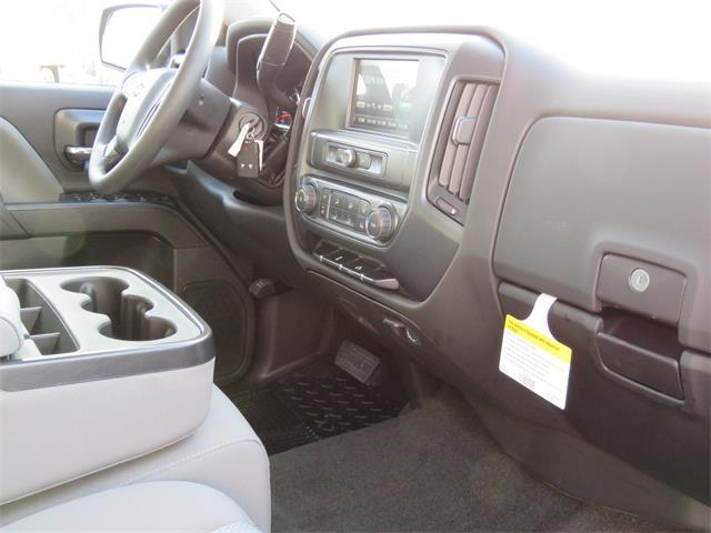 2018 Silverado 1500 Crew Cab, Pickup #T18242 - photo 6