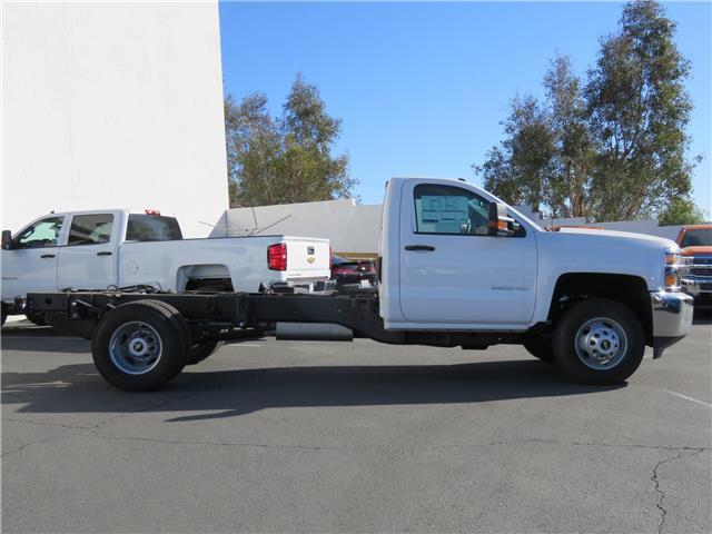 2018 Silverado 3500 Regular Cab DRW, Cab Chassis #T18286 - photo 4