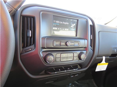 2018 Silverado 1500 Crew Cab, Pickup #T18305 - photo 9