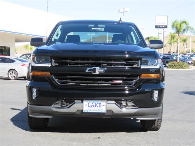 2018 Silverado 1500 Crew Cab 4x4, Pickup #T18326 - photo 3