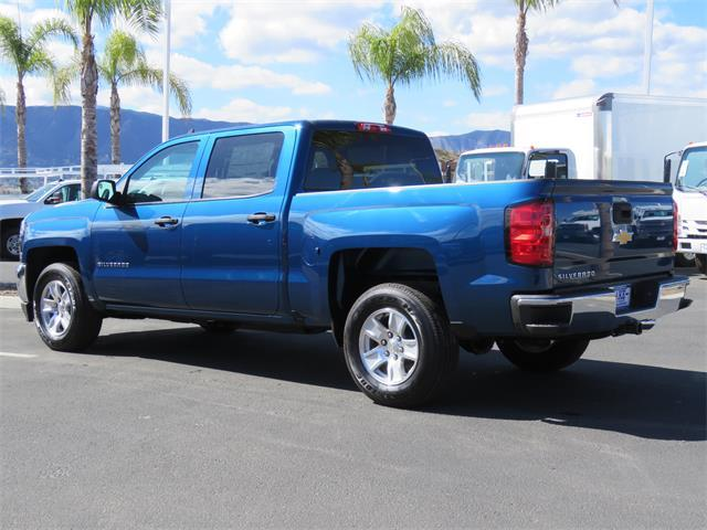 2018 Silverado 1500 Crew Cab 4x2,  Pickup #T18327 - photo 2
