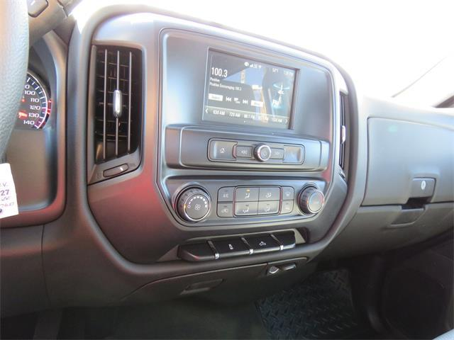2018 Silverado 1500 Crew Cab 4x2,  Pickup #T18327 - photo 9