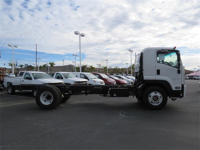 2018 LCF 6500XD Regular Cab, Cab Chassis #T18368 - photo 4