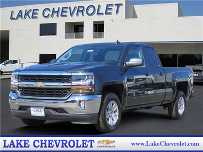 2018 Silverado 1500 Double Cab 4x2,  Pickup #T18392 - photo 1
