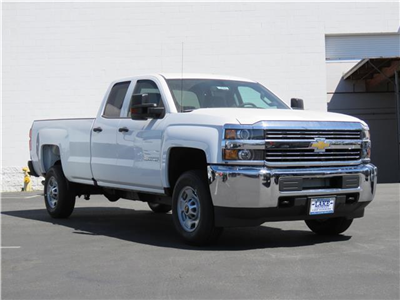 2018 Silverado 2500 Double Cab 4x2,  Pickup #T18400 - photo 3