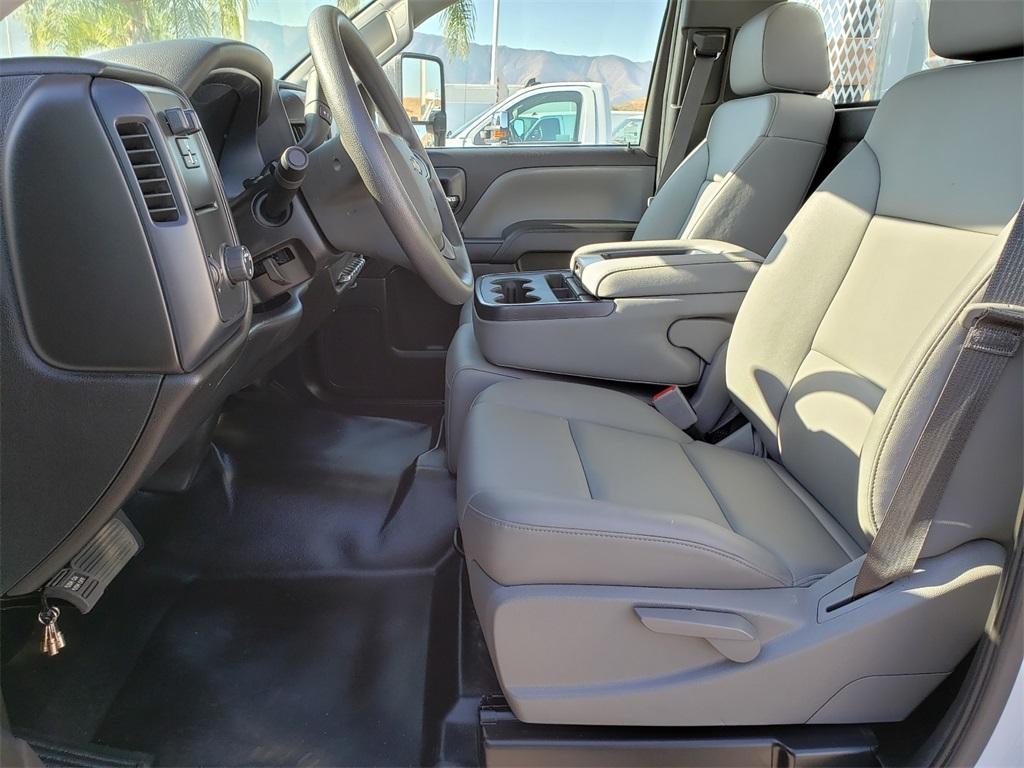 2019 Chevrolet Silverado Medium Duty Regular Cab DRW 4x2, SoCal Upfitters Stake Bed #T19392 - photo 7