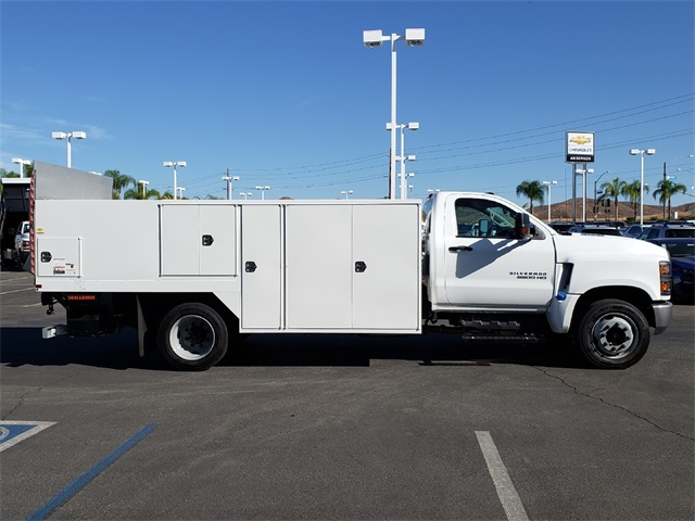 2019 Silverado Medium Duty Regular Cab DRW 4x2,  Harbor SawMaster Saw Body #T19422 - photo 3