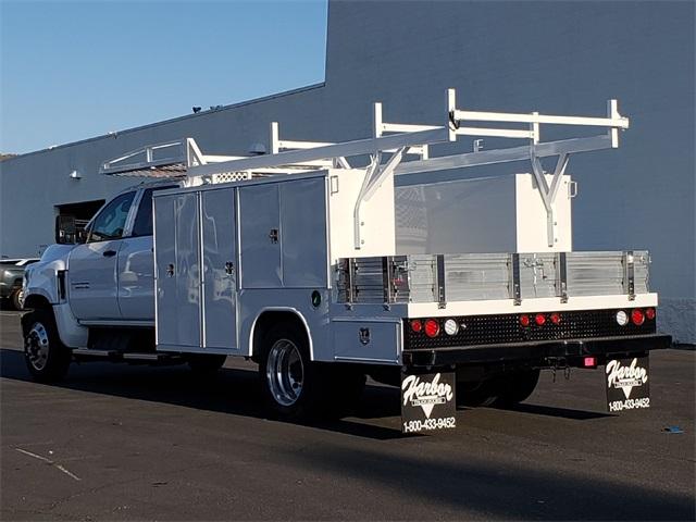 2019 Silverado Medium Duty Crew Cab DRW 4x2,  Harbor Combo Body #T19435 - photo 1