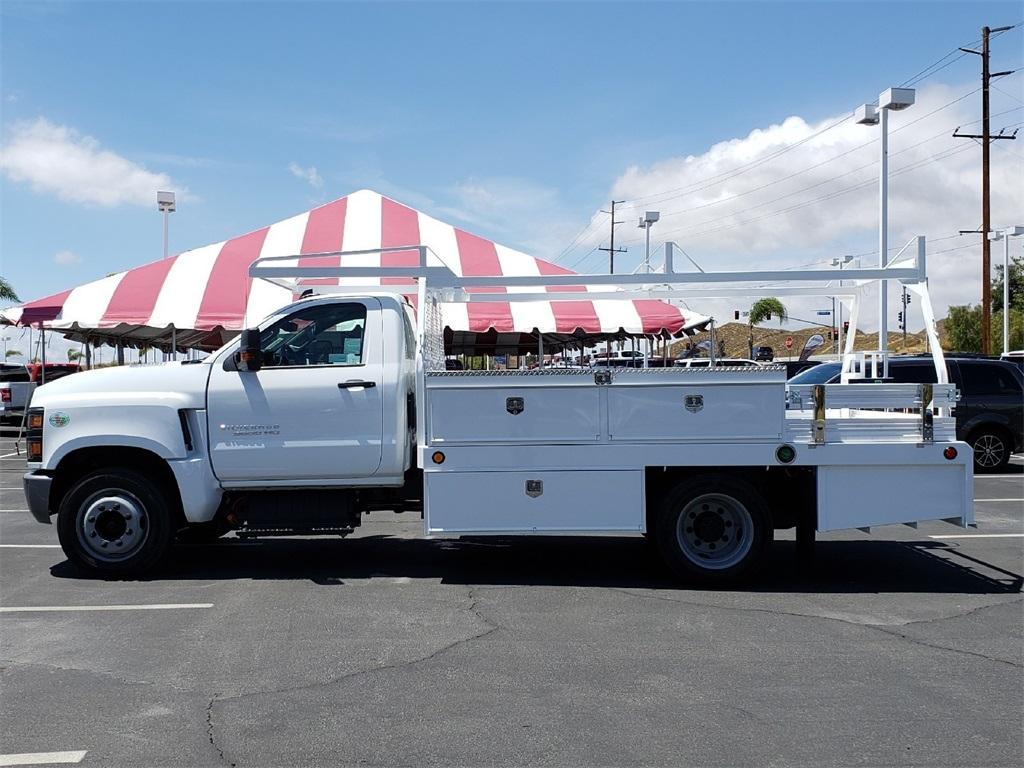 2019 Chevrolet Silverado 5500 Regular Cab DRW 4x2, Scelzi CTFB Contractor Body #T19468 - photo 3