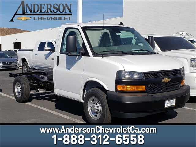 2020 Chevrolet Express 3500 4x2, Cutaway #T20078 - photo 1