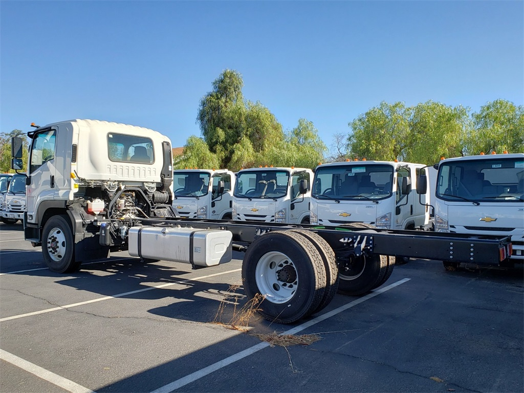 2020 Chevrolet LCF 6500XD Regular Cab 4x2, Cab Chassis #T20132 - photo 1
