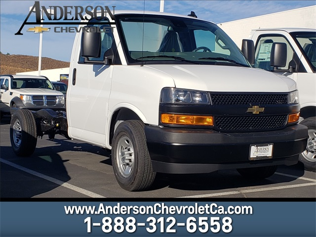 2020 Chevrolet Express 3500 4x2, Cutaway #T20150 - photo 1