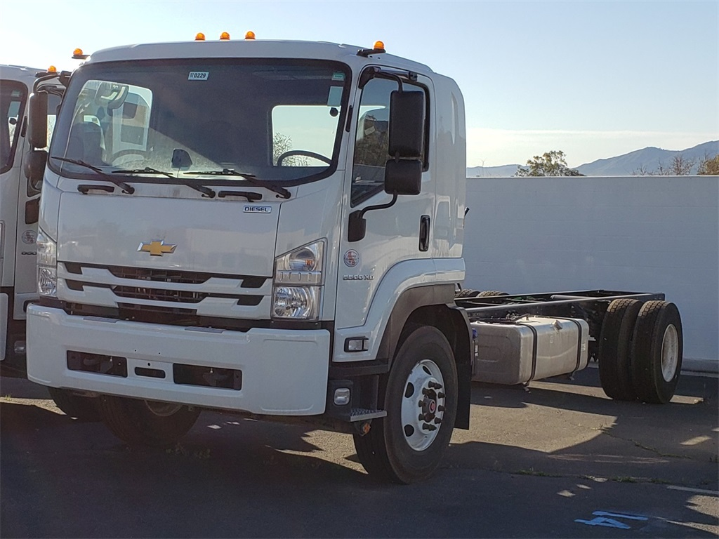 2020 Chevrolet LCF 6500XD Regular Cab 4x2, Cab Chassis #T20229 - photo 1