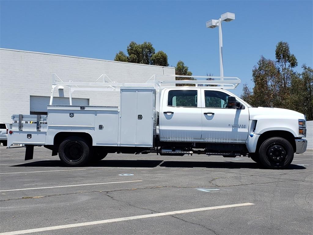 2020 Chevrolet Silverado 5500 Crew Cab DRW 4x2, Scelzi SEC Combo Body #T20376 - photo 4
