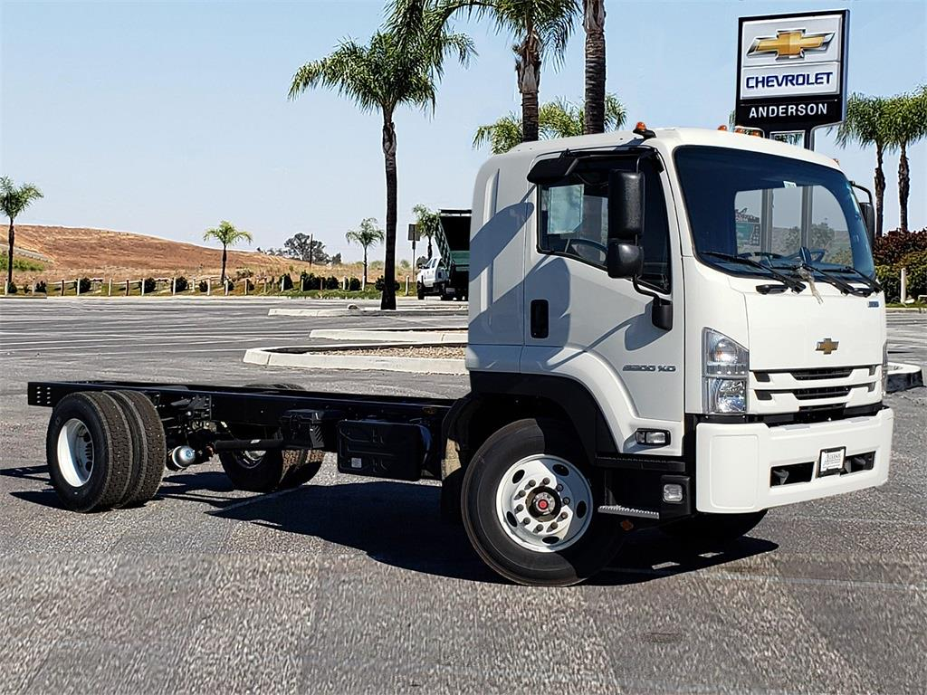 2020 Chevrolet LCF 6500XD Regular Cab DRW 4x2, Cab Chassis #T20515 - photo 1
