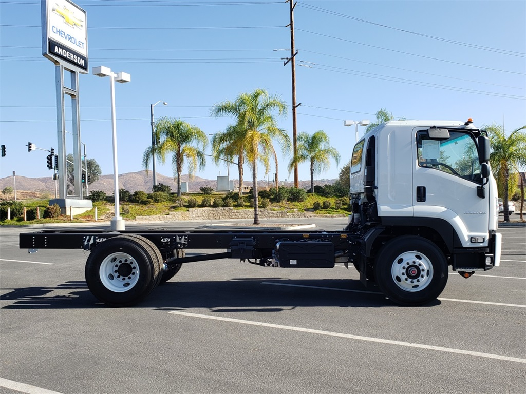 2020 Chevrolet LCF 6500XD Regular Cab 4x2, Cab Chassis #T20560 - photo 1