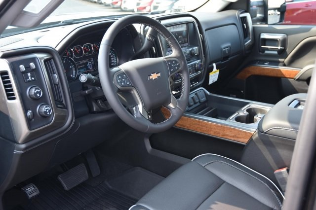 2018 Silverado 3500 Crew Cab 4x4,  Pickup #63534 - photo 11