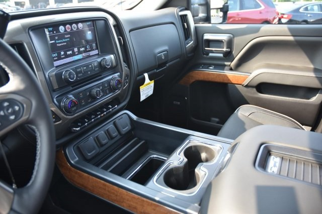 2018 Silverado 3500 Crew Cab 4x4,  Pickup #63534 - photo 16