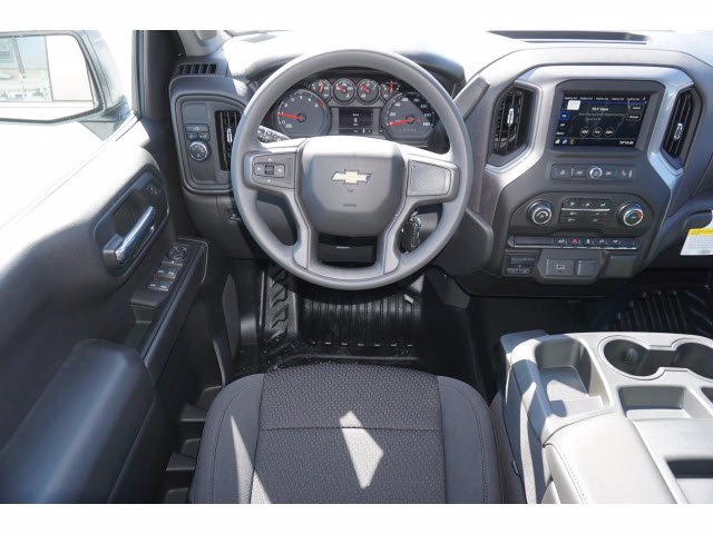 2020 Chevrolet Silverado 1500 Crew Cab RWD, Pickup #101605 - photo 3