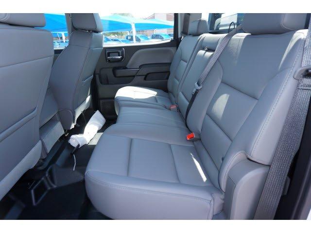 2020 Chevrolet Silverado 5500 Crew Cab DRW RWD, CM Truck Beds RD Model Platform Body #101984 - photo 5