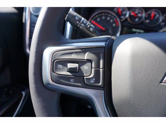 2020 Chevrolet Silverado 1500 Crew Cab RWD, Pickup #102334 - photo 18