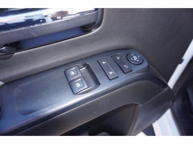2020 Chevrolet Silverado 5500 Regular Cab DRW RWD, Knapheide PGNB Gooseneck Platform Body #102464 - photo 13