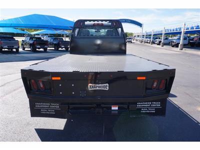 2020 Chevrolet Silverado 5500 Regular Cab DRW RWD, Knapheide PGNB Gooseneck Platform Body #102464 - photo 6